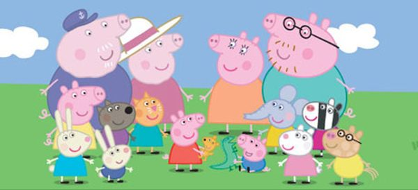 Peppa Pig con su familia y amigos