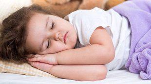 Por qué el truco de cansar a los niños para dormir no funciona