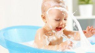 Si bañas a tu bebé, ¿puede contraer infección de oído?