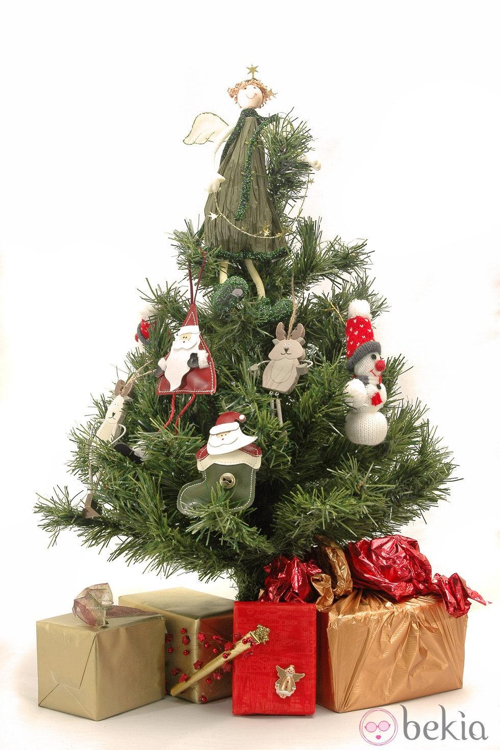 Decorar arbol de navidad imagui - Imagenes de arboles navidad decorados ...
